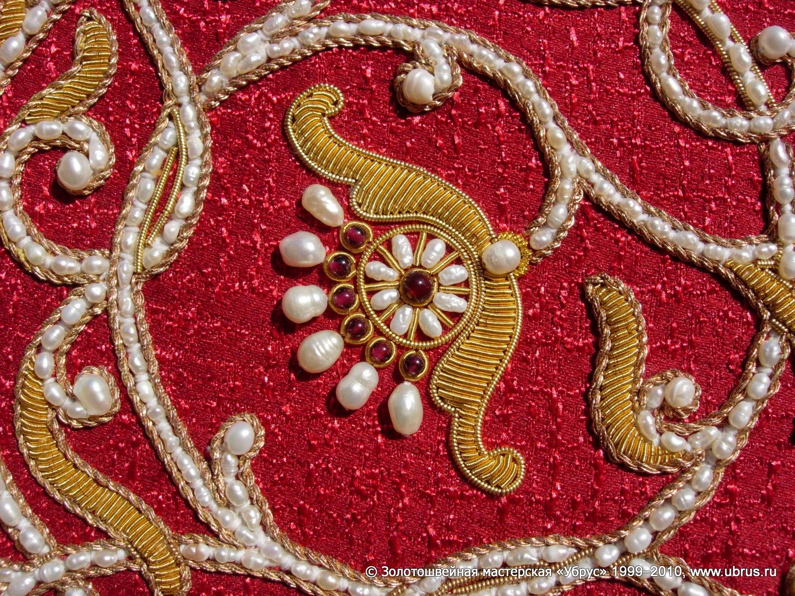 Вышивка серебряными нитями